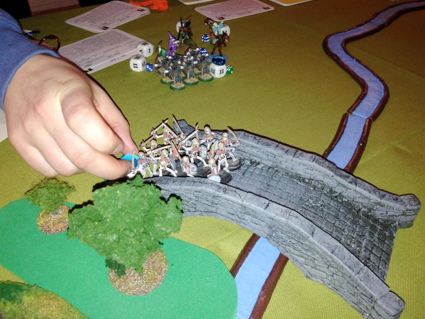 4 Ellens Skeletons cross the bridge