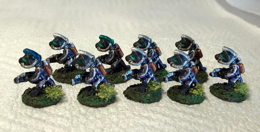 39-amethyst-squad-frinx-platoon-group-shot-side-view