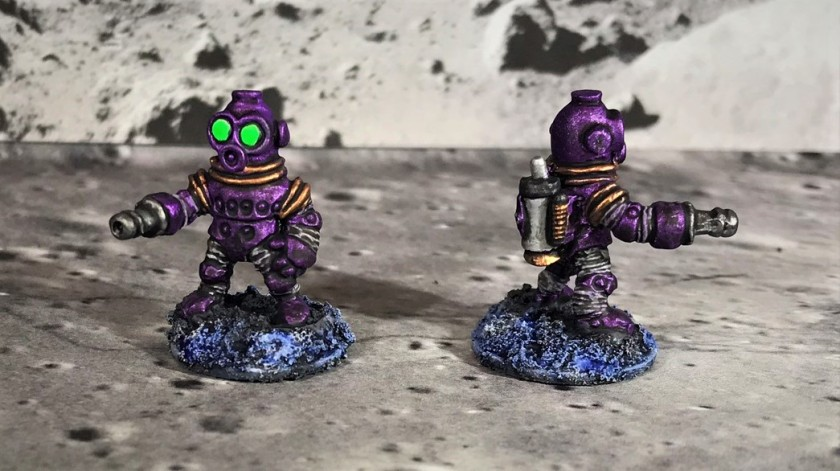 23 Space Dwarf Assault Squad Plum Troopers
