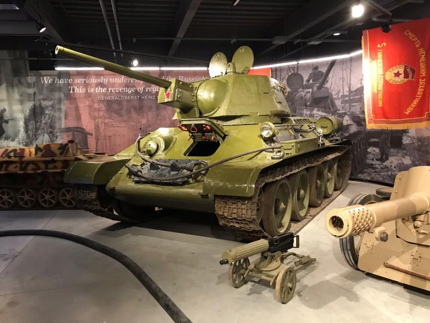 23 T34