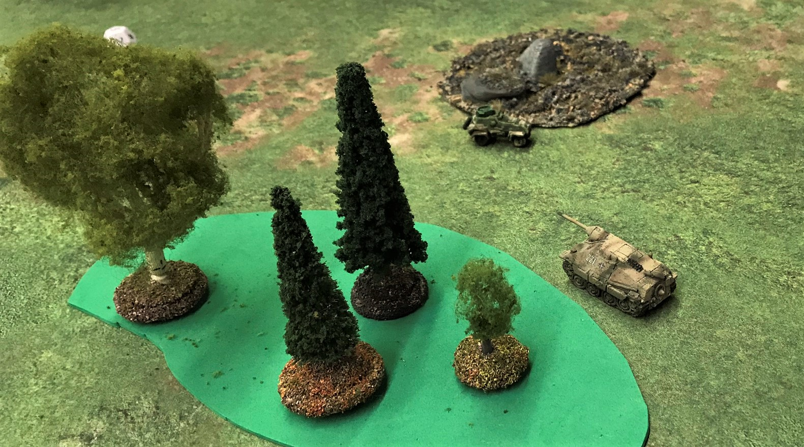 5 Hetzer chases KV-1a