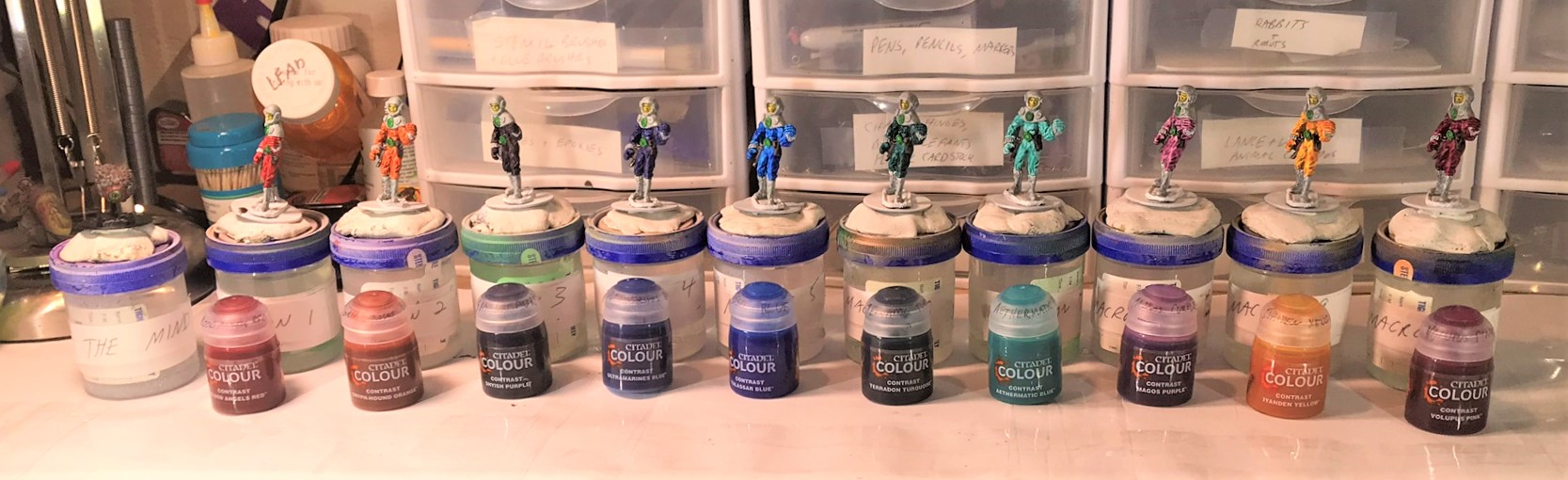 11 With respective contrast paints