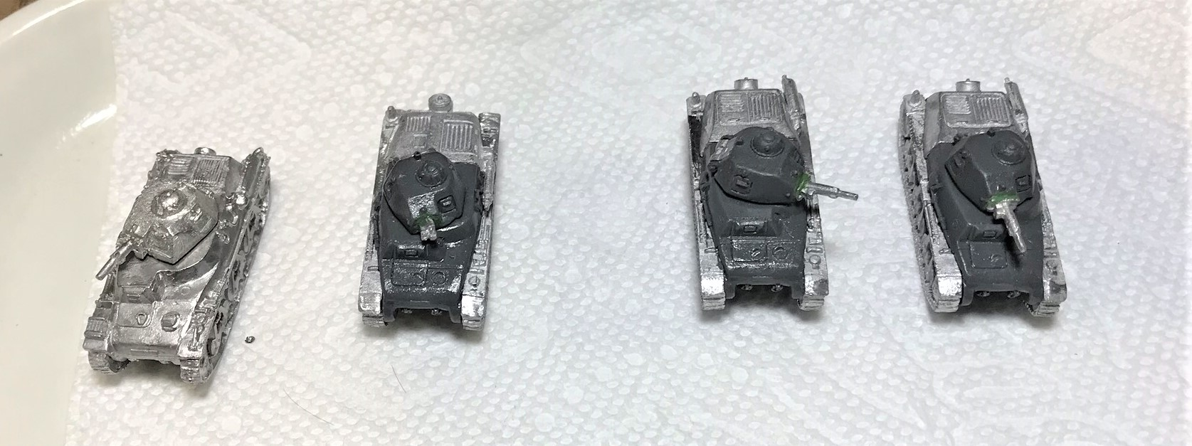 2 Hotchkiss tanks assembled