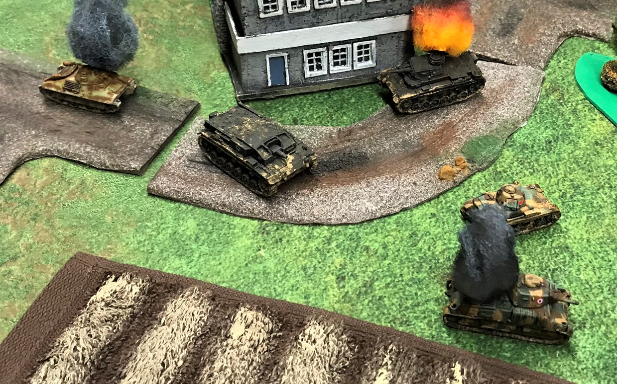 22 SOMUA is hit in rear by StuG A